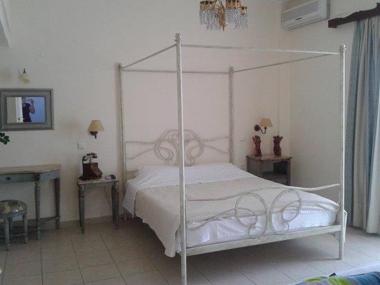 Hotel Ikaros: Δωμάτιο