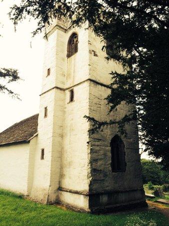 The Hunters Moon Inn: Old church
