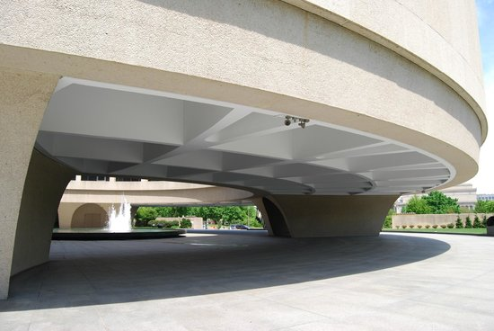 Hirshhorn Museum and Sculpture Garden : Spectacular building!