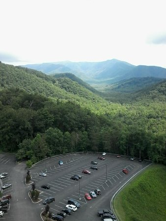 Park Vista - DoubleTree by Hilton Hotel - Gatlinburg: the other direction of a view from our room