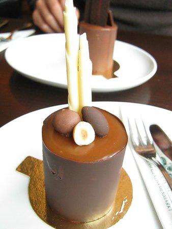 Rausch Schokoladenhaus - Cafe & Restaurant: Hazelnut and caramel