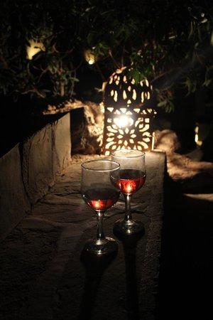Kasbah Ait Ben Moro: Es gibt Wein in Marokko!