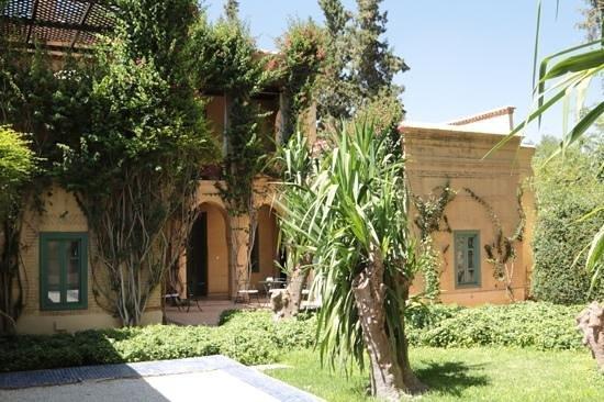 Les Deux Tours: la villa Galerie