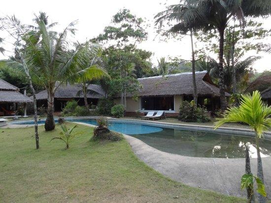 Koyao Bay Pavilions: Piscine pour 3 villas