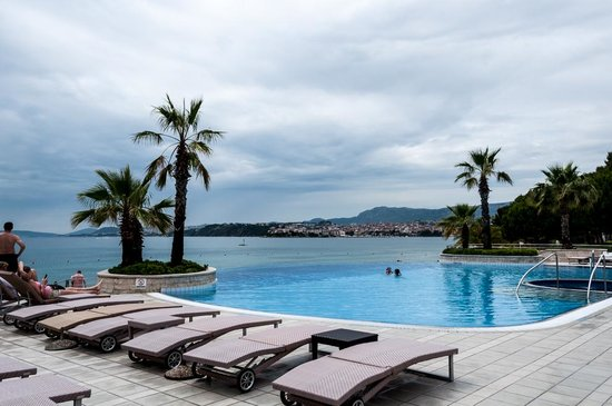Le Meridien Lav Split : Pool & beach