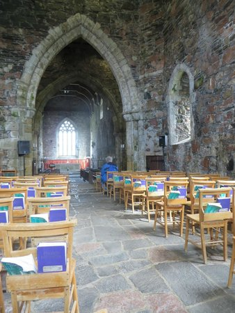 West Coast Tours - Oban: Iona - Abbey Chapel