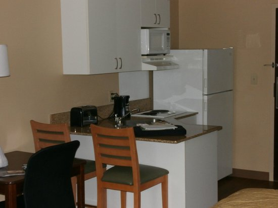 Extended Stay America - Dallas - Lewisville : Ktchen area