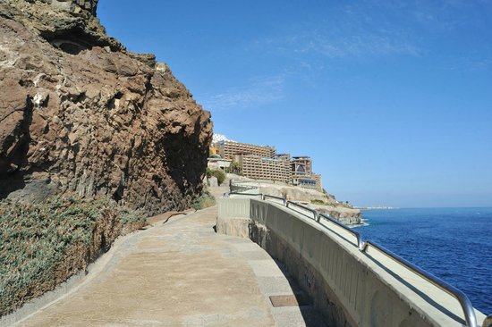 Gloria Palace Amadores Thalasso & Hotel: Promenade