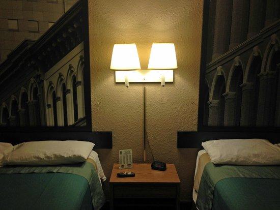 Super 8 Elizabethtown: beds