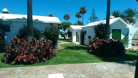 Bungalows Club Maspalomas: View at the bungalows