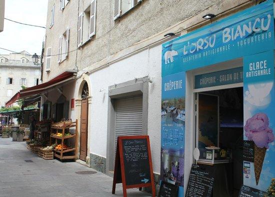 Gelateria L'Orsu Biancu: la Rue menant vers la Place Doria