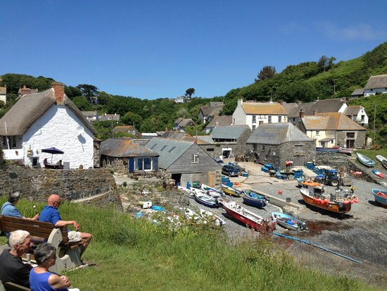 Cadgwith Cove Inn: peaceful and calming