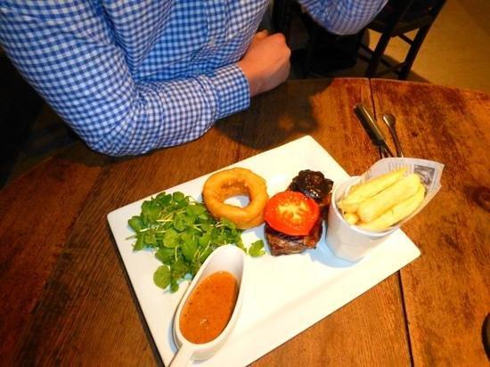 The Plough Inn: steak night