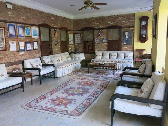 Villa Konak Hotel Kusadasi : Lobby