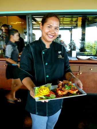 Mantra Samui Resort : Another cooking class with ghe gorgeous Khun Oh