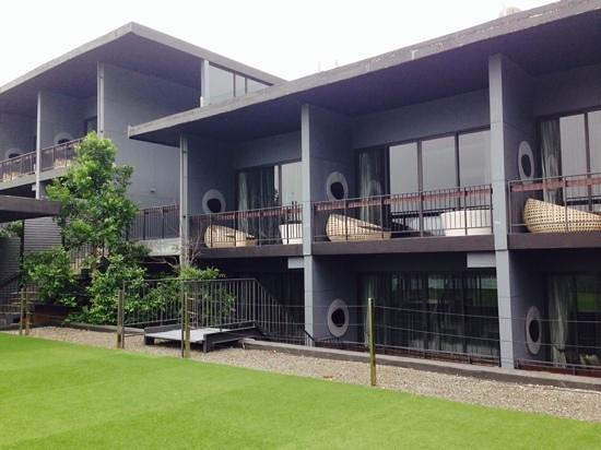 Foto Hotel: les chambres et terrasses