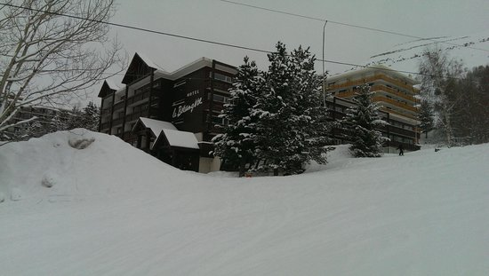 Chalet Hotel Berangere: Hotel from nursery slops