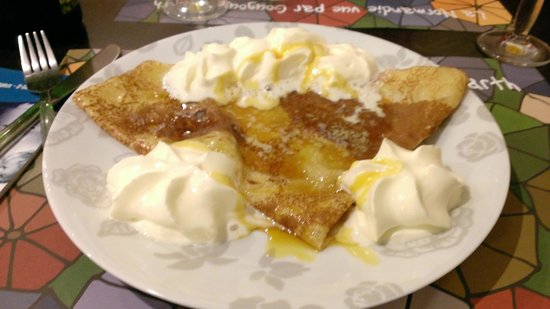 L'Insolite: caramel and butter crepe