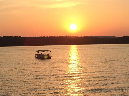 Big Cedar Lodge : Sunset Cruise