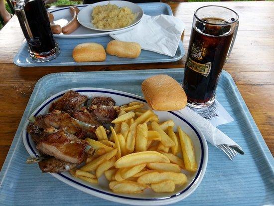 Speck Stube: Costine di maiale e patatine!