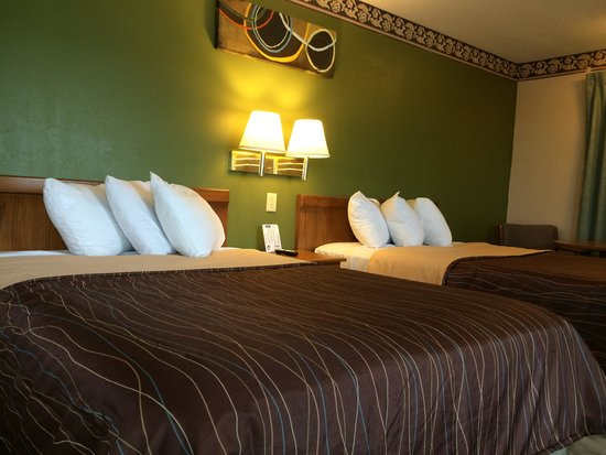 Eldon Inn : Two bed room