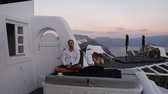 Art Maisons Luxury Santorini Hotels Aspaki & Oia Castle: Afternoon...