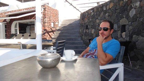 Art Maisons Luxury Santorini Hotels Aspaki & Oia Castle: Breakfast time