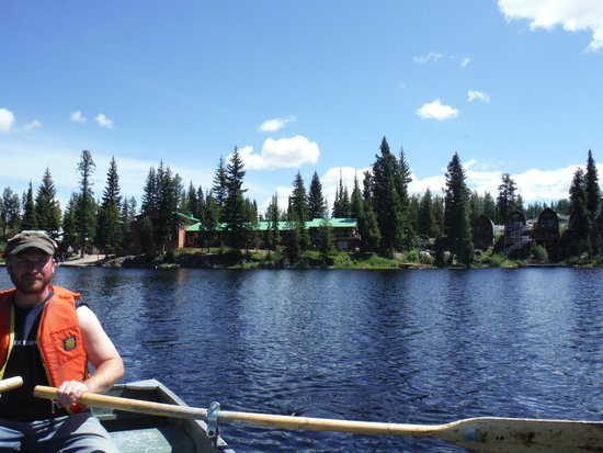 Idabel Lake Resort: view of the resort fishing