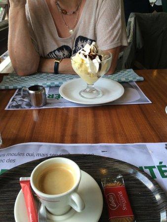 Léon de Bruxelles - Reims Thillois : dessert, une dame blanche  et un café