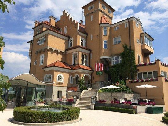 Hotel Schloss Mönchstein: Hotel