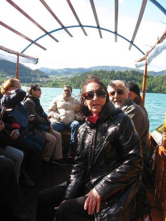 Bled Island : Rumbo a la Isla.