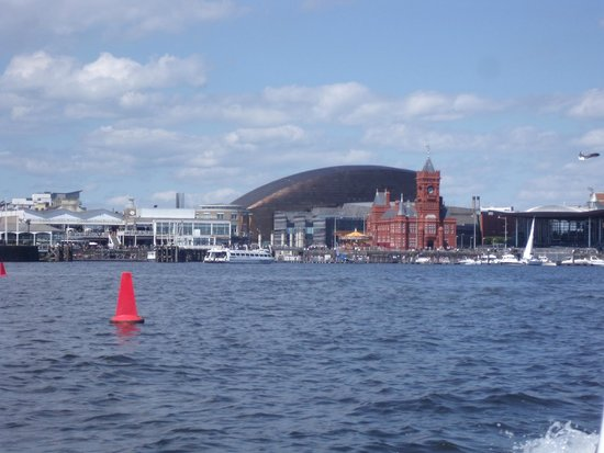 Holiday Inn Cardiff City Centre: Cardiff Bay