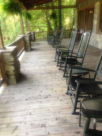 Fryemont Inn : Awesome rocking porch