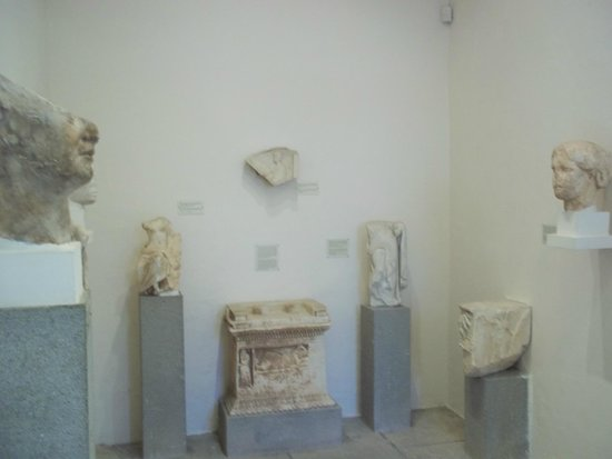 Archaeological Museum of Rhodes (Hospital of the Knights): Lots of exhibits