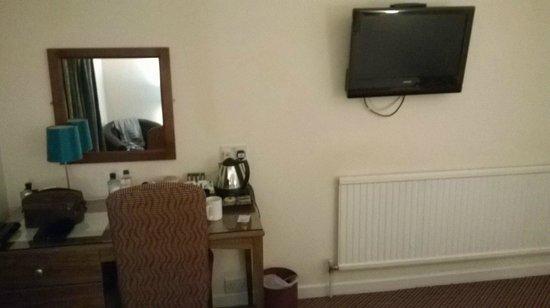 Bridge House Hotel : Basic rooms and furnishings