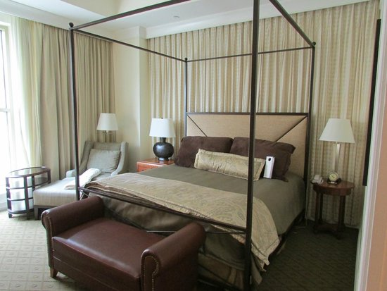 Mokara Hotel and Spa: bed