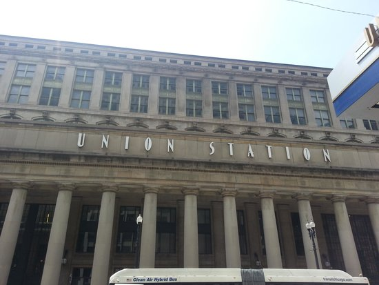 Union Station: The Facade