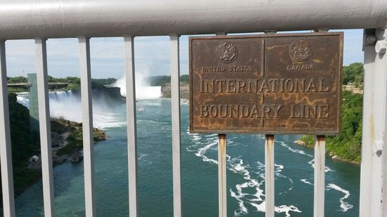 Rainbow Bridge: Border plaque