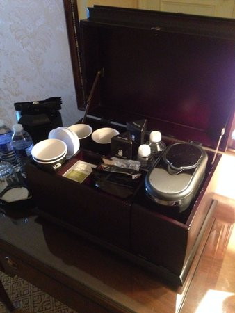 The Ritz-Carlton, St. Louis: Room 1412 coffee