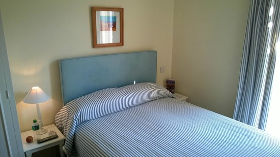 Seaview Hotel: Lovely, maritime-styled rooms... but.... very small