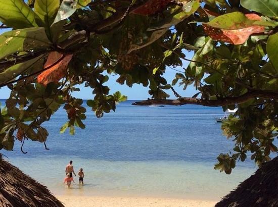 Easy Diving and Beach Resort: Punta ballo beach