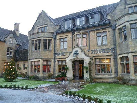 The Hare and Hounds Hotel: Hare and Hounds Tetbury hotel front