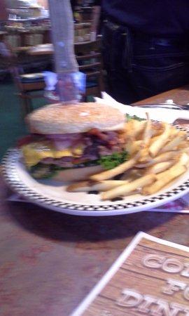 Black Bear Diner: The Burger