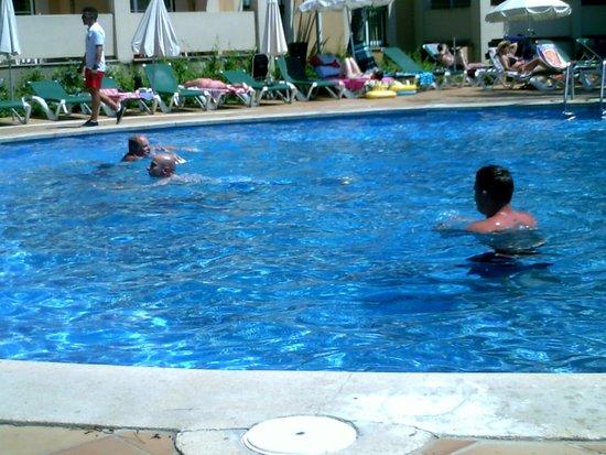 Viva Menorca: pool