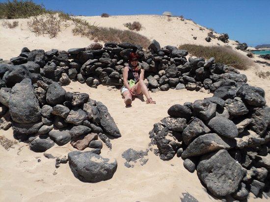 Corralejo Dunes: Nuraghe per ripararsi dal vento