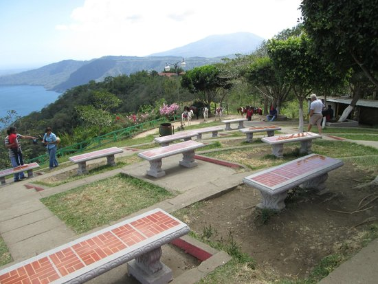 Plus Papagayo Tours and Transfers : Benches at Apoyo Volcano February 2014