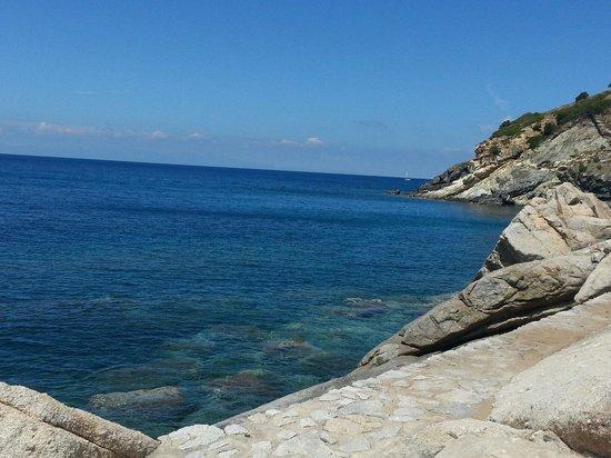 Hotel Sardi: Mare di Pomonte