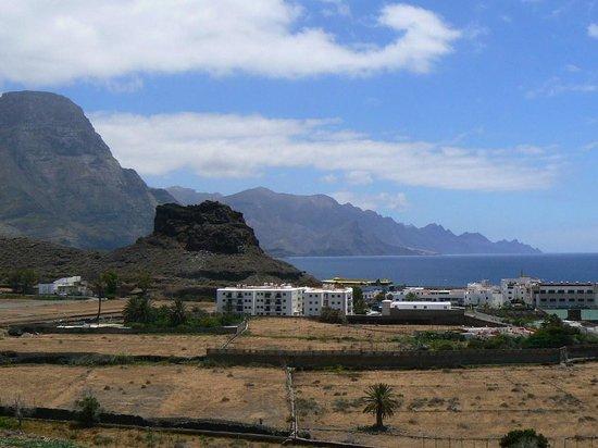 Puerto de Las Nieves : Vue d'ensemble avec le Dedo de Dios