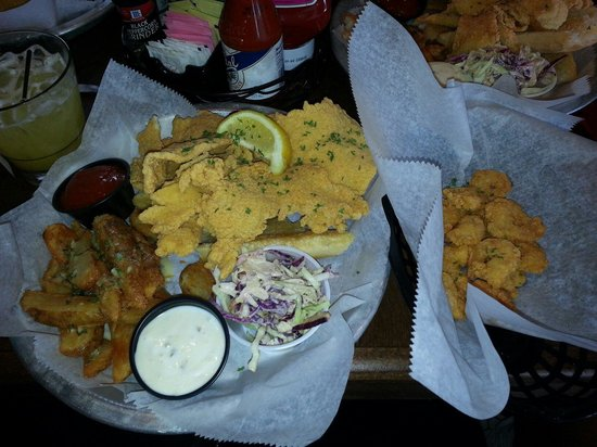 New Orleans Hamburger & Seafood Company: Thin fried catfish and a side of shrimp!