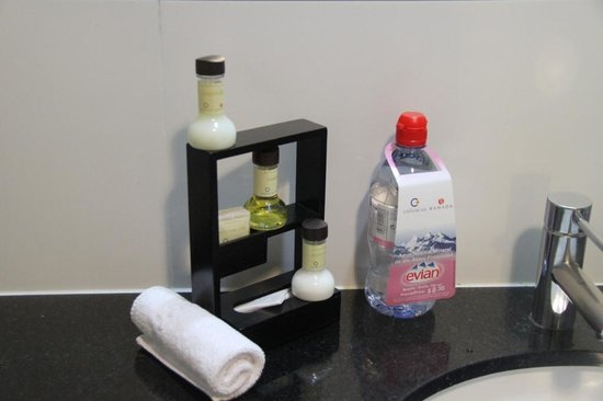 Costa del Sol Wyndham Lima Airport: Bath care products